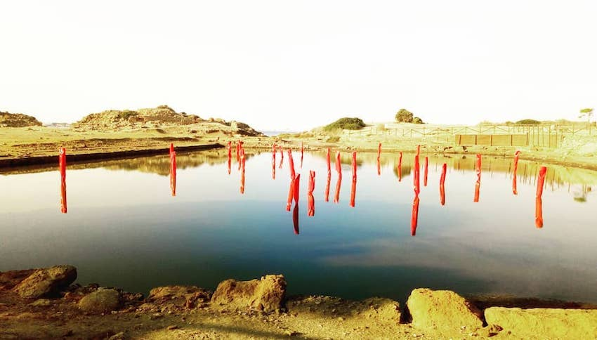"""Inaugurata """"Segnacoli"""", installazione di Alberto Timossi nel Kothon  dell'Isola di Mozia - Melasecca PressOffice"""